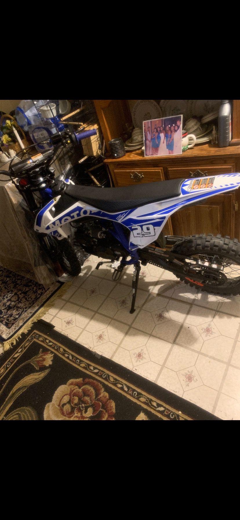 Photo Dirt Bike 125