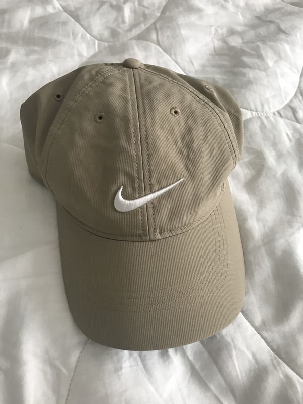 bafbd3f5b8c ... real nike hat for sale in broken arrow ok offerup bdc73 c3753