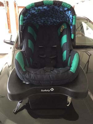 Safety 1st Car Seat for Sale in Dayton, MD