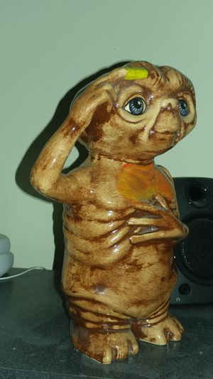 Vintage ET Ceramic Statue 1980s Thinking Extra-Terrestrial Collectible for Sale in Coral Springs, FL