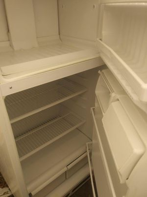 $150 Hotpoint Refrigerator for Sale in Philadelphia, PA