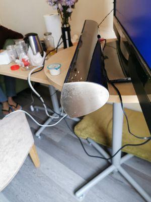 Photo Vizio 47 inch TV with sound bar!