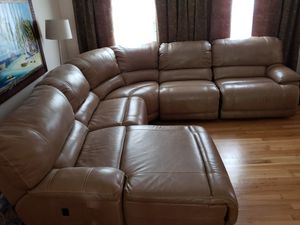 5 piece Leather Reclining Sectional for Sale in Fort Washington, MD
