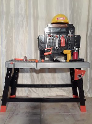 Photo Black and decker play tool bench