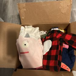 Baby Clothes 90 Pieces Some Are New  Thumbnail