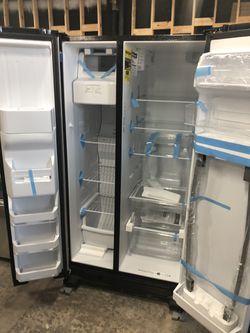 New Amana refrigerator ASI2575GRs Thumbnail