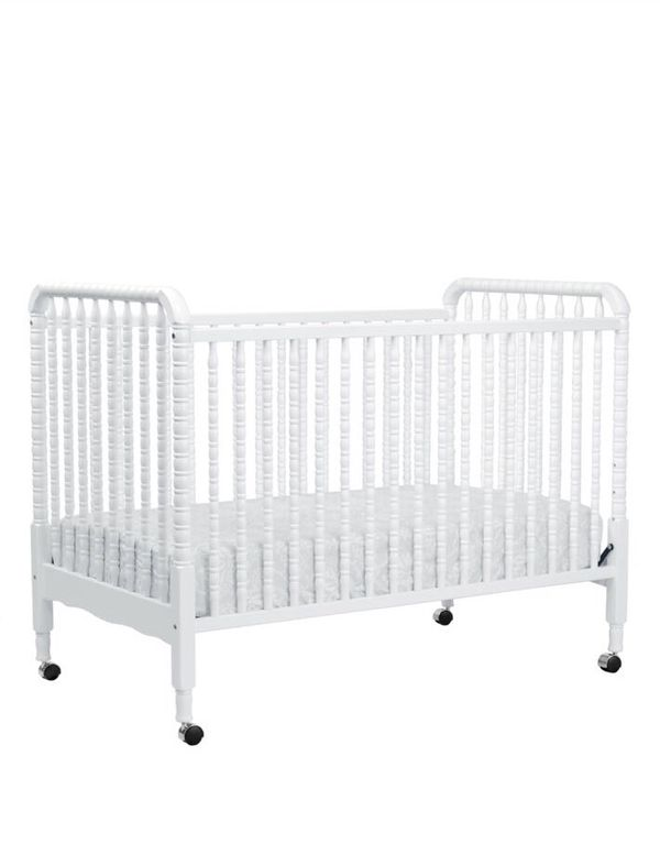 Shermag 3 In 1 Convertible Crib White For Sale In Miami Fl Offerup