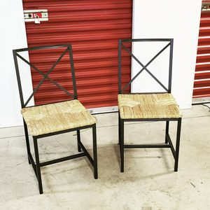 2chairs for Sale in Hyattsville, MD