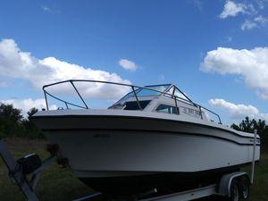 24 Grady W boat for Sale in Tampa, FL