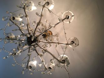 Crystal chandeliers Thumbnail