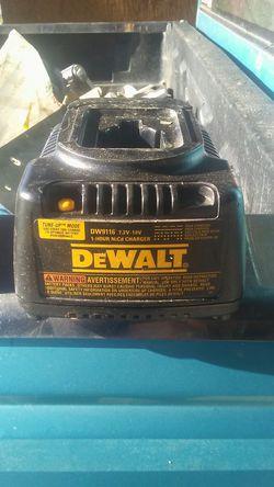 18v charger dewalt Thumbnail