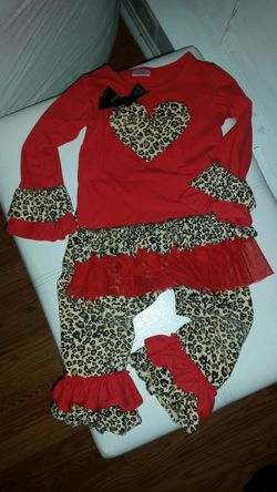 Valentine's day boutique outfit Thumbnail