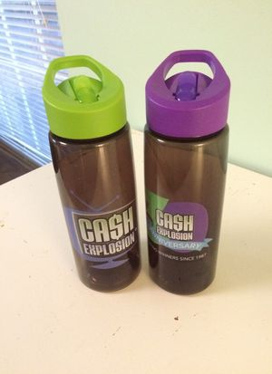 2 new water bottles for Sale in Columbus, OH