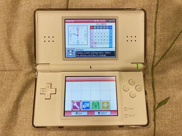 Nintendo Ds Lite Dsl White For Sale In Newark Ca Offerup