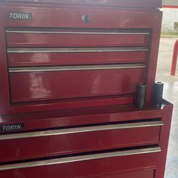 Tool Box Only Top Locks And It Has One Key Thumbnail