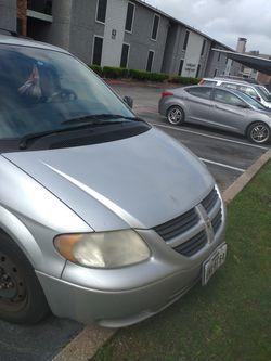 2005 Dodge Caravan Thumbnail