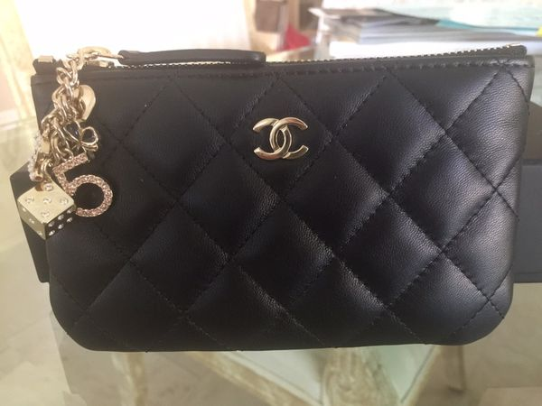 ea4d84f6385ae4 Chanel Lambskin Quilted Small Casino Cosmetic Case for Sale in Los ...