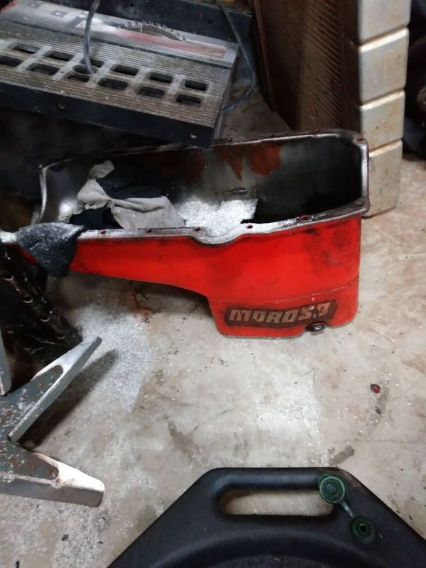 Sbc oil pan for Sale in Woodleaf, NC - OfferUp