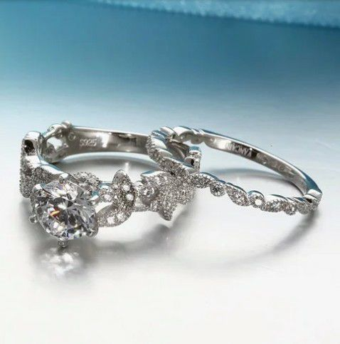 Beautiful Platinum Plated CZ Leaf Design Wedding Set