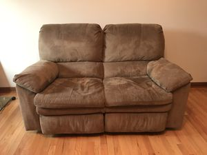 Recliner Couch for Sale in Forest, VA