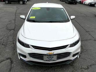 2017 Chevrolet Malibu Thumbnail