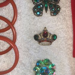 Vintage Jewelry 40's And 50's Era Thumbnail