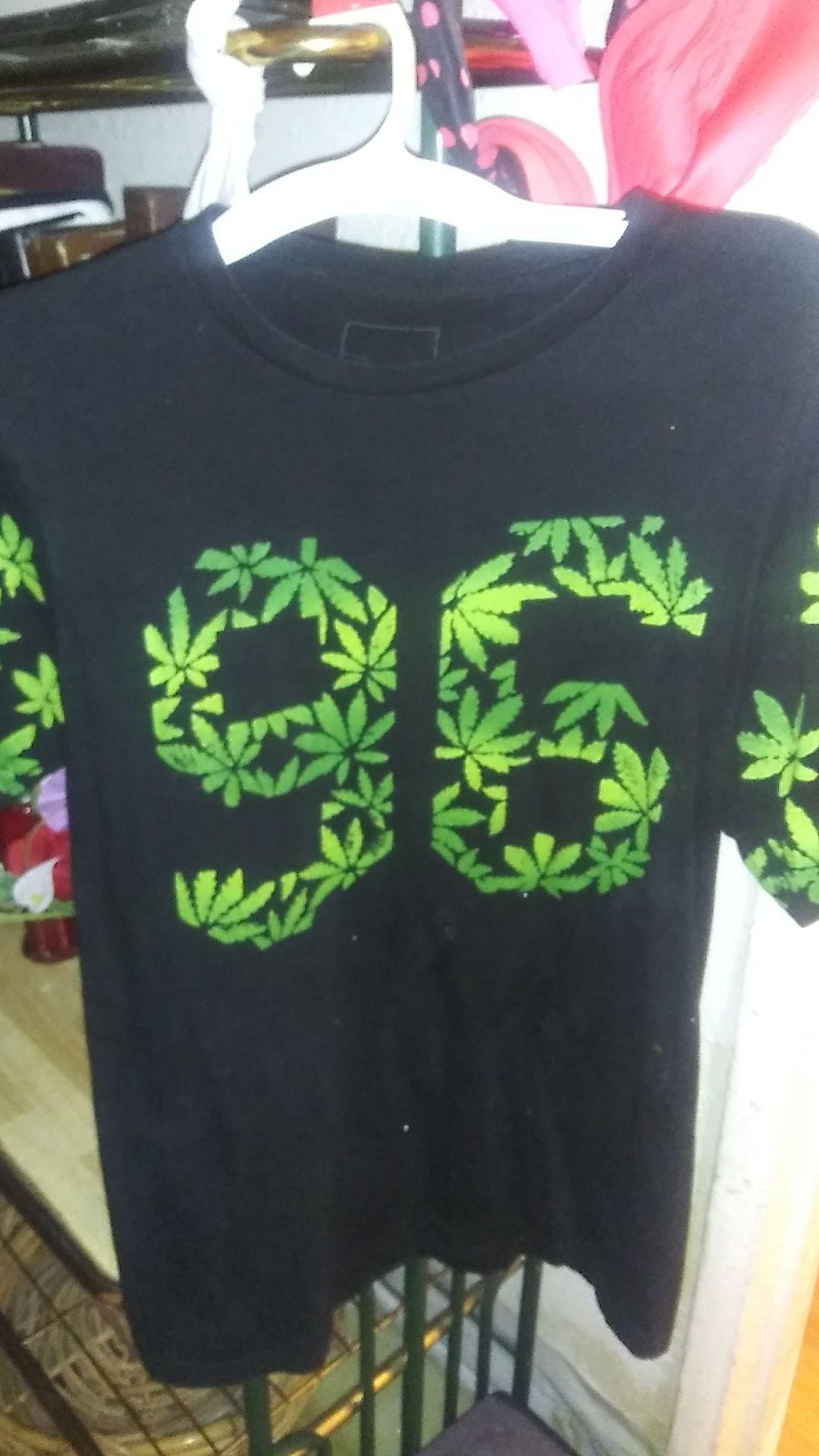 MJ T-Shirt and Belt