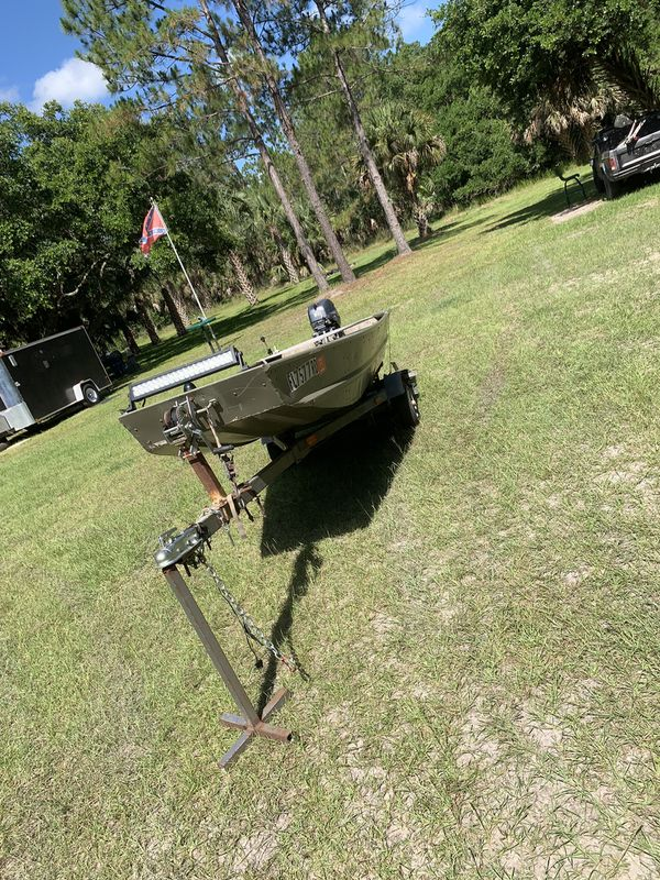 2014 tracker Jon boat with Yamaha 9 9 for Sale in Osteen, FL - OfferUp