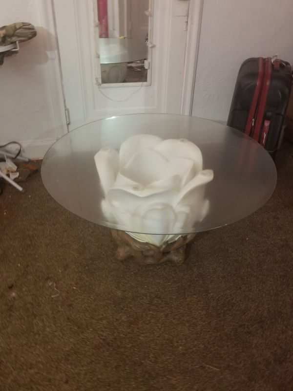 Large Coffee Table For Sale In Detroit MI OfferUp - Detroit coffee table