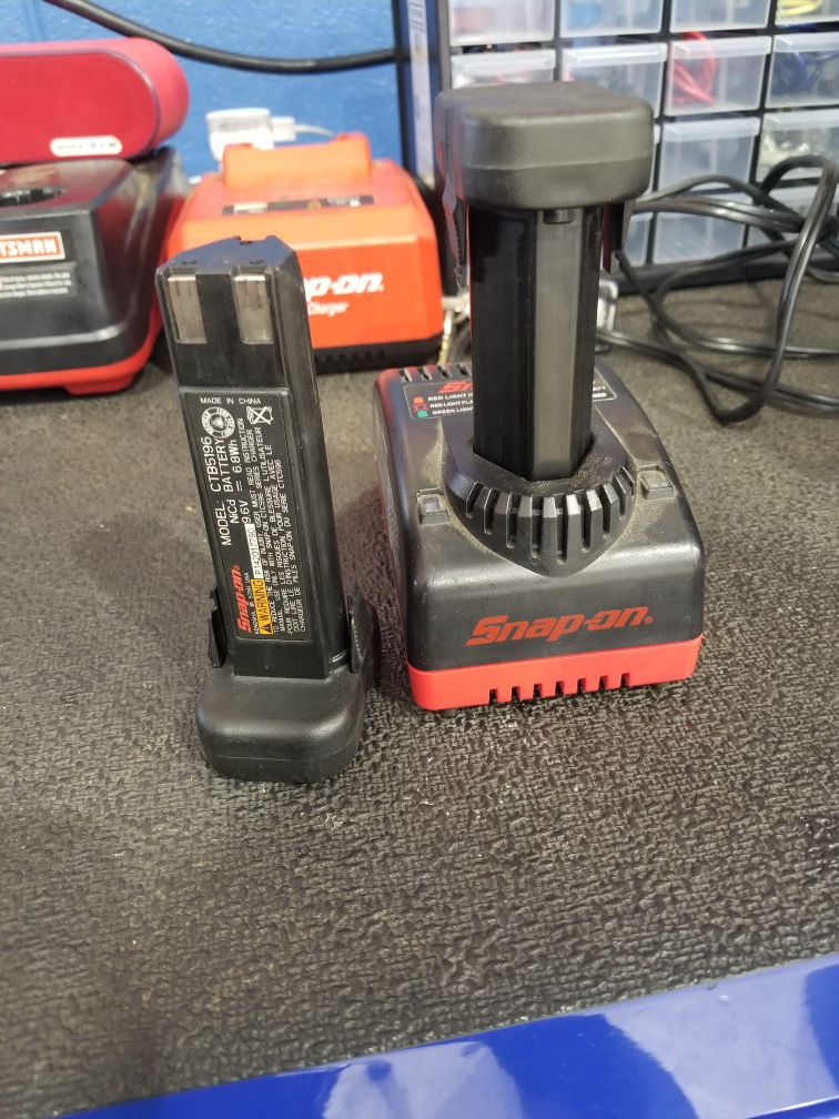 Snap on 9 volt battery and charger