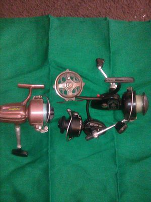 4 Vintage fishing reels Garcia, Benton ,Mitchell and kazoo asking 60.00 for Sale in Fresno, CA