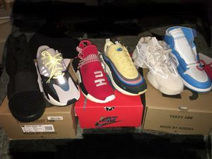 Heat for sale sizes 9.5-10 for Sale in Washington, DC