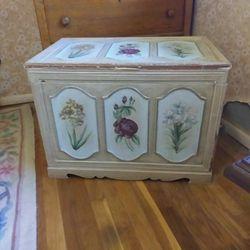 Antique Storage Trunk Thumbnail