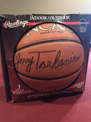 Basketball signed by Jerry Tarkanian for Sale in Sanger, CA