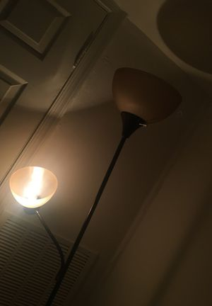 A nice lamp must go 15$ for Sale in Richmond, VA