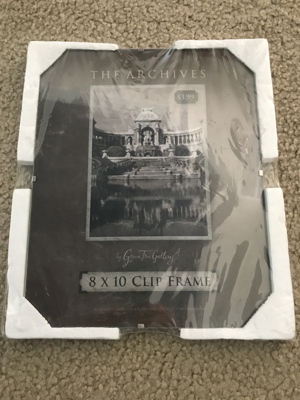 Glass Clip Picture Frame 8 X 10 New Household In Round Rock Tx