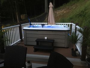 Hot tub 3 seater with lounge for Sale in Pittsburgh, PA