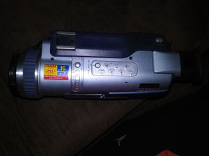 Sony camcorder with charger for Sale in Gaithersburg, MD