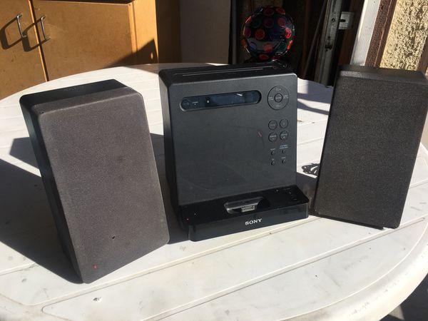 Sony - Radio/CD/iPod/Audio In (aux) for Sale in Hesperia, CA - OfferUp