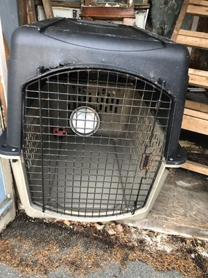 Large dog crate for Sale in Providence, RI