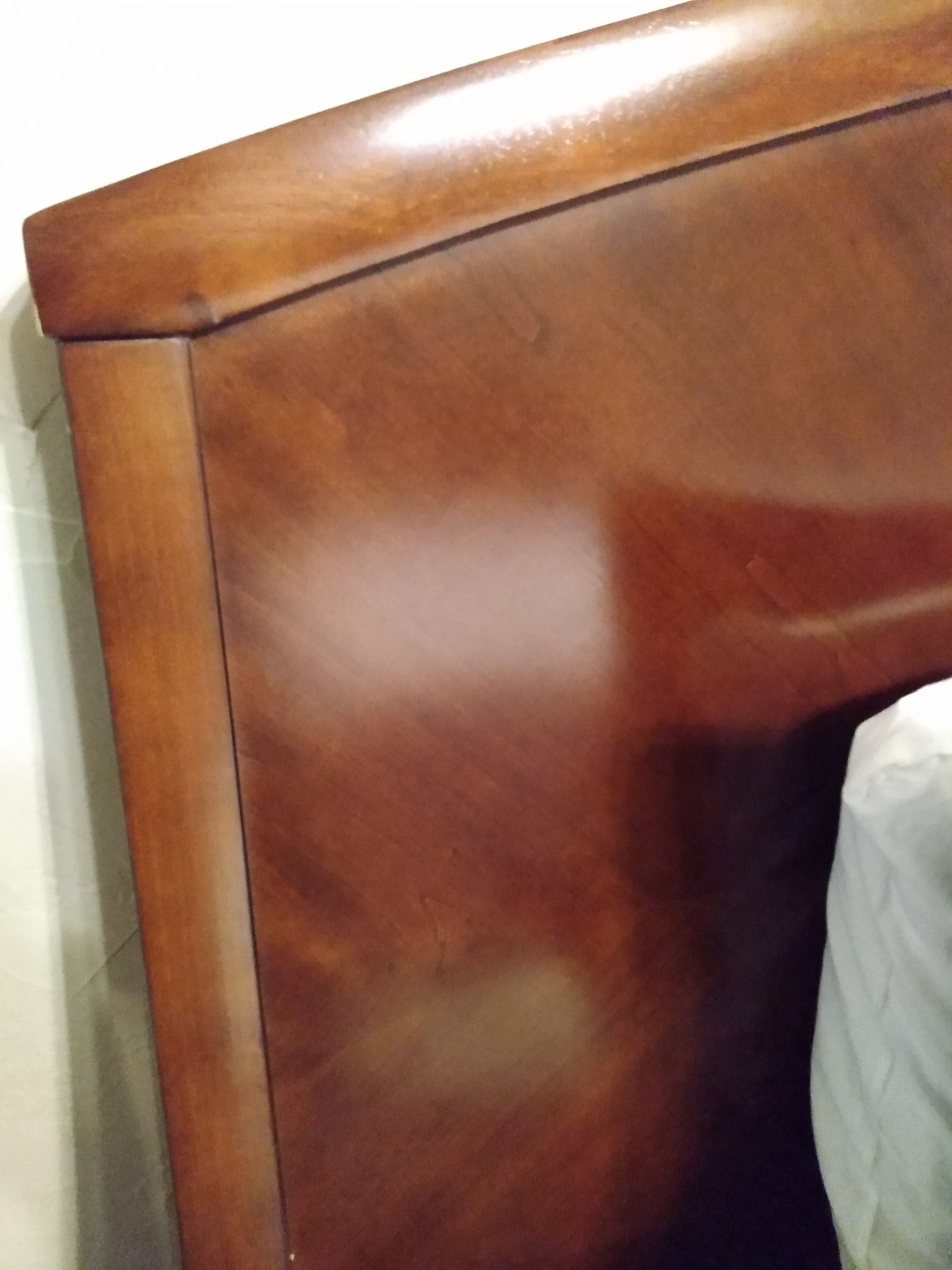 King-size bedroom suit includes matress box springs