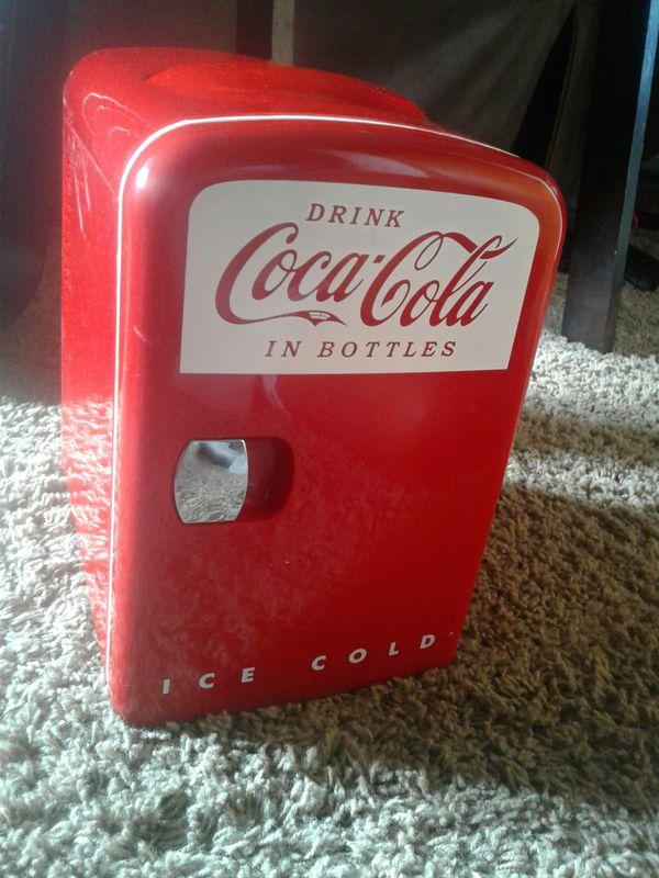 Coca Cola Fridge >> Mini Coca Cola Fridge For Sale In Spanaway Wa Offerup