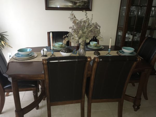 Dining room table furniture in orlando fl offerup for Ikea jobs orlando fl