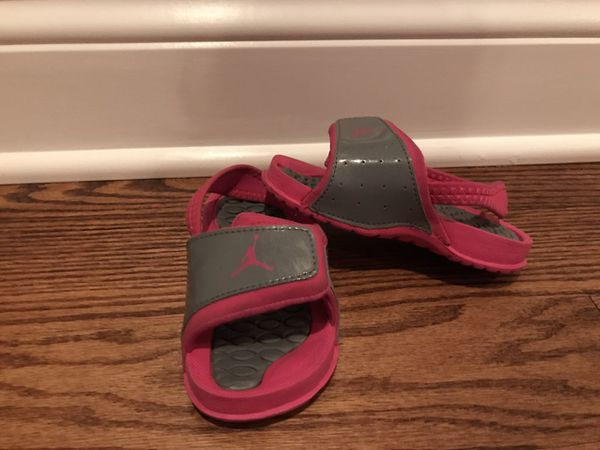 buy popular e21f6 8ce15 Jordan flip flops for Sale in Addison, IL - OfferUp