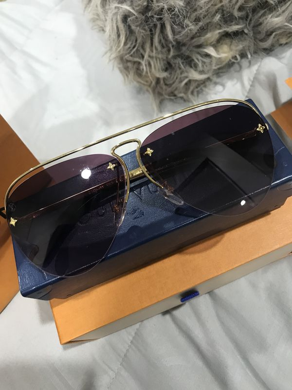 756bb936c7 Louis Vuitton Women Grease Sunglasses Z1044W for Sale in Los Angeles ...