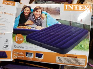 Queen size air matress for Sale in Las Vegas, NV