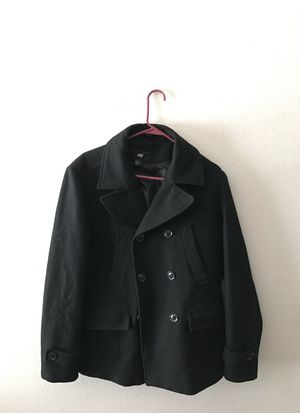 H&M PEACOAT SIZE MEDIUM FITS LARGE for Sale in Fontana, CA