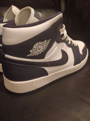 Photo Brand New Jordan Retro 1 Mid 'Obsidian/White' size 12