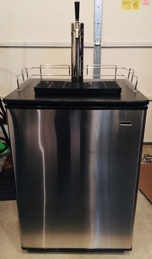 Haier Kegerator for Sale in Rockville, MD