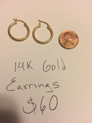 14kt gold earrings for Sale in Alexandria, VA